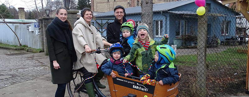 BARshare-Bike wird Kinder-Taxi